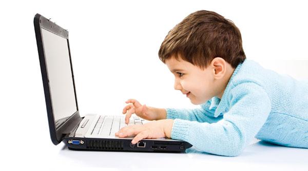 Безпека дітей в інтернеті: 10 правил та порад батькам